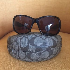 Authentic woman's coach sunglasses , with case